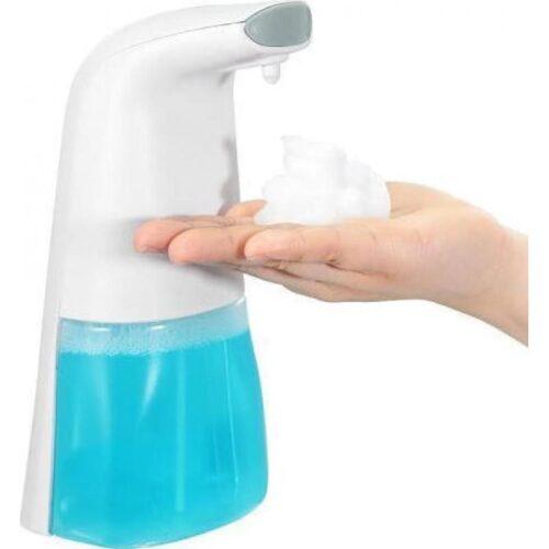 Αυτόματος Διανομέας Αφρίζοντας Σαπουνιού Με Αισθητήρα Κίνησης 250ml Αυτόματος Διανομέας Αφρίζοντας Σαπουνιού με Αισθητήρα Κίνησης 250ml Automatic Foam Soap Dispenser Εξαιρετικής ποιότητας διανεμητής σαπουνιού , ιδανικός για χώρους μεγάλης επισκεψιμότητας ,χώρους εστίασης κτλ! Τοποθετήσετε το χέρι σας κάτω από τον αισθητήρα υπερύθρων, και θα διανείμει αφρό μέσα σε 0,5 δευτερόλεπτα αυτόματα χωρίς να χρειαστεί να πιέσετε το κουμπί, έτσι είναι πιο υγιεινό και βολικό για τη ζωή σας. Η νέα έκδοση αυτόματου διανομέα σαπουνιού χρειάζεται μόνο ένα κουμπί, πατήστε το κουμπί και θα ενεργοποιηθεί ο διανομέας, βάλτε το χέρι σας κάτω από τον αισθητήρα, και θα βγάλει αυτόματα τον αφρό. Διαφανές μπουκάλι υγρού σαπουνιού, εύκολο για εσάς να ελέγξετε την ποσότητα υγρού σαπουνιού μέσα. Ελκυστικό και κομψό υψηλής ποιότητας υλικό ABS. Πλήρως αυτόματη επαγωγική συσκευή σαπουνιού αφρού χεριών. Εύκολο στη χρήση και το πλύσιμο, δεν σπαταλά το σαπούνι και το νερό. Εύκολο στην εγκατάσταση, απλά τοποθετείτε 3 μπαταρίες AA και ρίξτε σαπούνι. Προδιαγραφές: Χρώμα: Λευκό Υλικό: Abs Xωριτικότητα: 250ml Τάση εισόδου DC 4.5V Λειτουργική ισχύς: 6W Απόσταση ανίχνευσης 3-5 cm Αδιάβροχο IPX3 3 μπαταρίες AA (δεν συμπεριλαμβάνονται) Εφαρμογή: Δημόσιες τουαλέτες, σχολεία, μπάνιο, τροφοδοσία, κουζίνα κ.α. Μέγεθος: 85 x 120 x 205 mm Βάρος 350gr